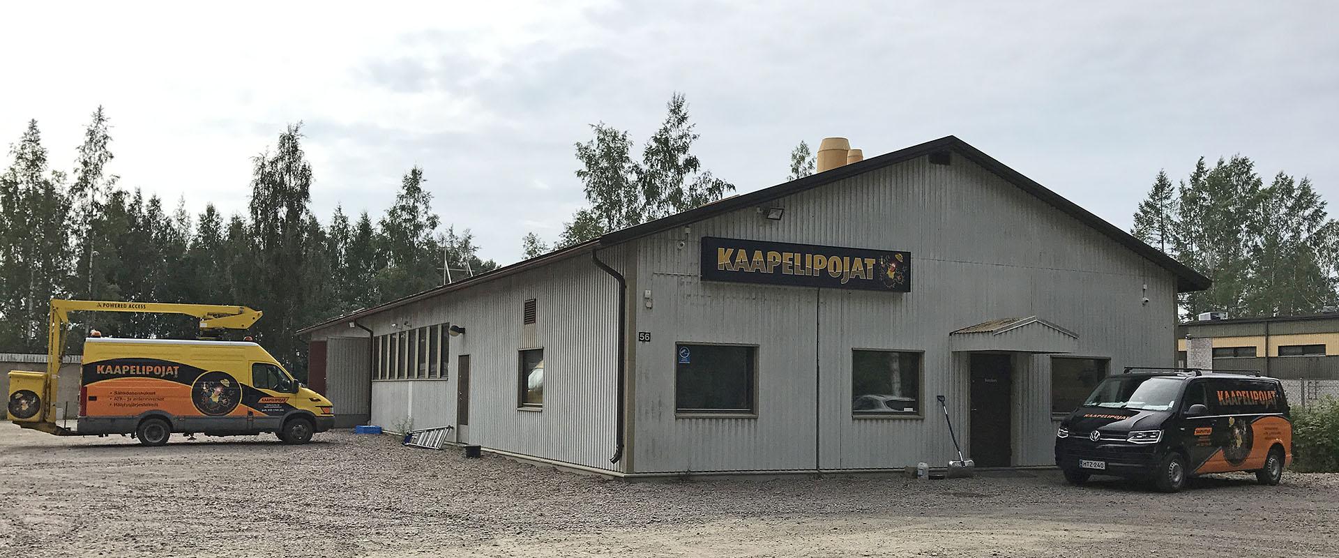 Kaapelipojat - sähköasennukset ja -urakat Tampereen seudulla